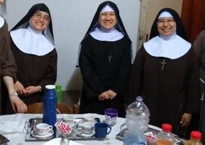 sorelle in visita (2)