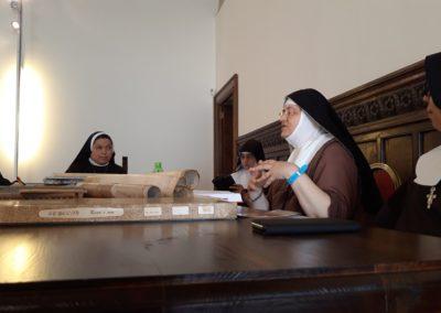 sorelle in visita (3)